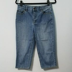 Casual Talbots medium wash capri jeans, sz 8